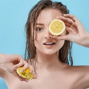 """Sağlıklı Saç Uzatmak İçin """"Limon Suyu"""""""