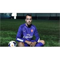 Emiliano Viviano Kiralık Olarak Arsenal'de