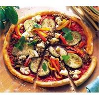 Kıymalı & Sebzeli Pizza