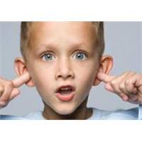 Düşük Notlarının Sebebi Kulaklar Mı?