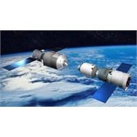 Çin Uzayda