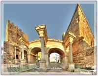 Antalya daki Roma Eseri - Hadrian Kapısı