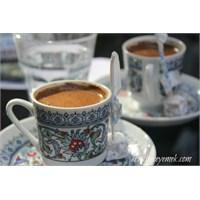 Türk Kahvesi Geleneği Üzerine Güzelleme