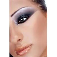 Yüz Şekilinize Göre Makyaj Tavsiyeleri
