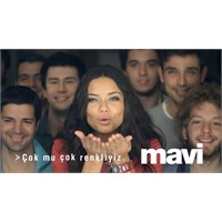 Mavi Reklamında Adriana Var, Fikir Yok