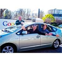 """Google """"Sürücüsüz Araba"""" Yaptı"""