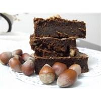 Fındıklı Bittter Çikolatalı Islak Kek