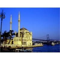 Gezelim Görelim Ortaköy Camii