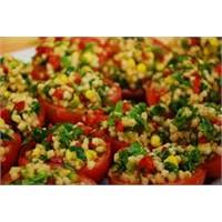 Pratik Tariflerden Buğday Salatası