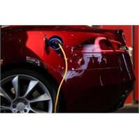 Elektrikli Otomobiller Piyasaya Çıkıyor