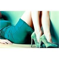 Kadınlar Neden Ayakkabıya Düşkün?