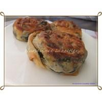 Nefis Ispanaklı Rulo Gül Böreği Tarifi