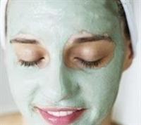 Parlak Saçlar İçin Çam Filizi Maskesi