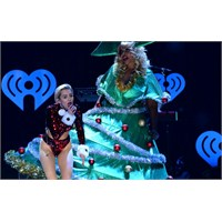 Miley Cyrus'un Cesur Şovu-z100 Jingle Ball Konseri