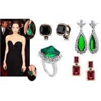 Angelina Jolie İmzalı Mücevher Tasarımları!