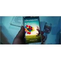 Samsung İki Ayda 20 Milyon Galaxy S4 Sattı