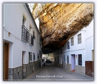 Taşla İçine Gömülü Evler - Setenil De Las Bodegas