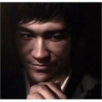 Yaşasın Cgi, Yaşasın Bruce Lee!