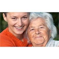Alzheimer Hastalarına Bakarken Dikkat