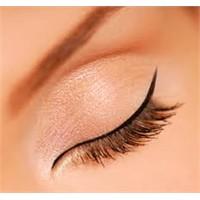 Eyeliner Sürmenin Püf Noktaları