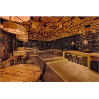 Mema Architects'den Kolombiya'da El Fabuloso Bar