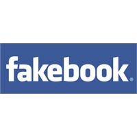 Facebook, Fakebook Mu Oluyor?