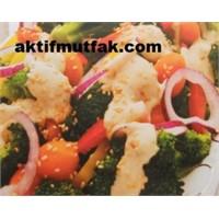 Tahinli Brokoli Salatası Denediniz Mi?