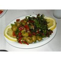 Zahter Salatası Yöresel ( Hatay ) Tarifi