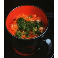 Sarımsaklı Kereviz Sapı Çorbası