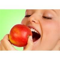 Sıcak Yaz Ayları İçin Sebze Ve Meyve Tüketin
