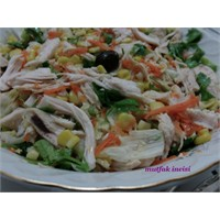 Tavuklu Mısırlı Salata