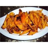 Salçali Baharatli Patatesler