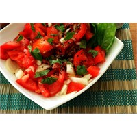 Sağlıklı Salata Hazırlamanın Püf Noktalarını Öğren