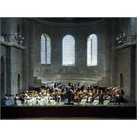 Borusan İstanbul Filarmoni Orkestrası 2011-12 Sezo