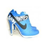 Nike'dan Topuklu Ayakkabılar