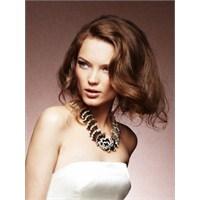 Yılbaşı Gecesinde Yapabileceğiniz Saç Modelleri