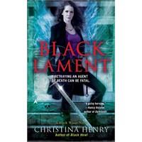 Black Lament ( Madeline Black 4)