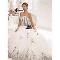 Colet Spose 2013 İlkbahar Bridal Koleksiyonu