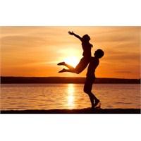 Sevgi: Mutluluğun Anahtarı