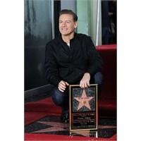 Bryan Adams'ın Da Artık Bir Yıldızı Var!