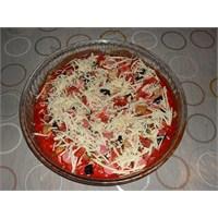 Ev Yapımı Pizza (Hazır Hamur)