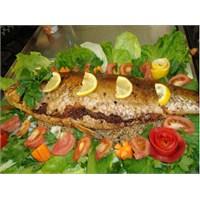 İç Pilavlı Sazan Balığı Dolması