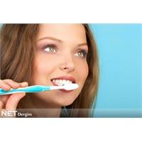Dişeti hastalıklarına dikkat