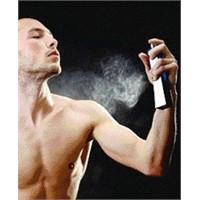 Erkek Parfümlerinde 2011 Modası En İyi 10 Parfüm