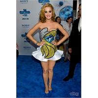 Katy Perry'nin Şirine Elbisesi Ve Tırnakları