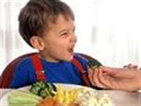 Mızmız Çocuğa Yemek Yedirmenin Yolu