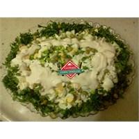 Soslu Yumurtalı Patates Salatası Tarifi