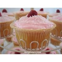 Frambuazlı Cupcake