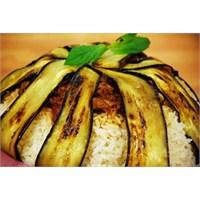 Pratik Lezzetlerden Patlıcanlı Nohut Pilavı