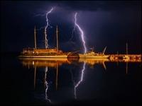 Gemiye Yıldırım Düşerse Ne Olur?